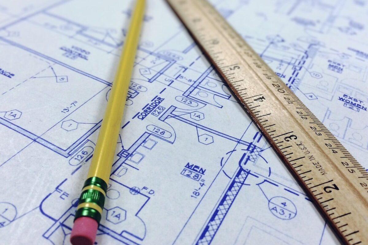Qui peut dessiner les plans d'une maison