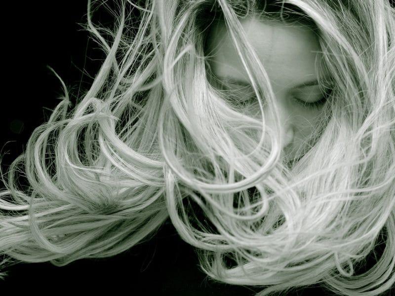 Perte des cheveux : à la découverte du micro-needling