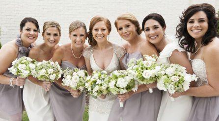 Demoiselle d'honneur : comment choisir la robe idéale ?