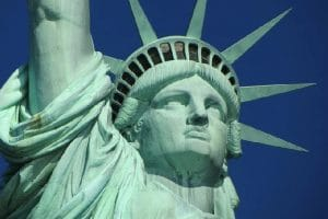 Voyager aux États-Unis en 2021 : quelles conditions le covid-19 imposera-t-il ?