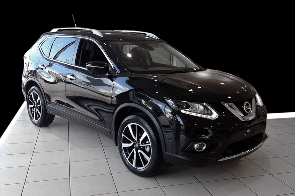 le nissan x trail est un v hicule confortable et fiable sur tout terrain. Black Bedroom Furniture Sets. Home Design Ideas