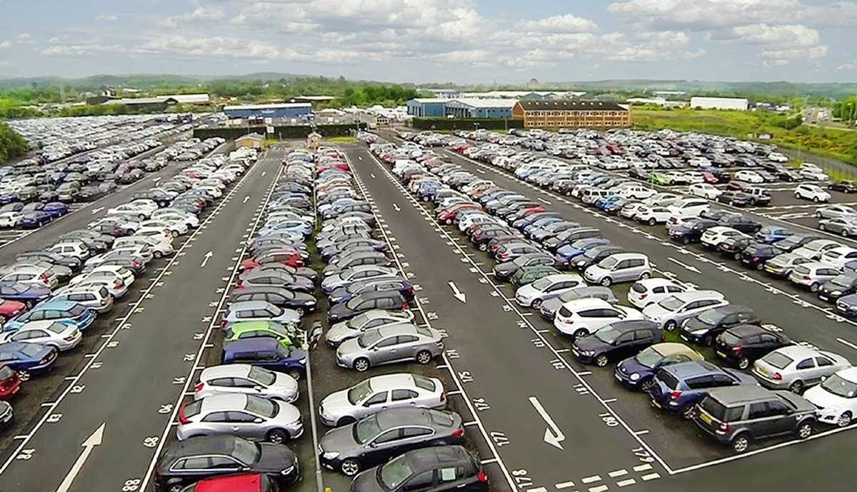 Stationnement à l'aéroport – Quel type de stationnement choisir ?