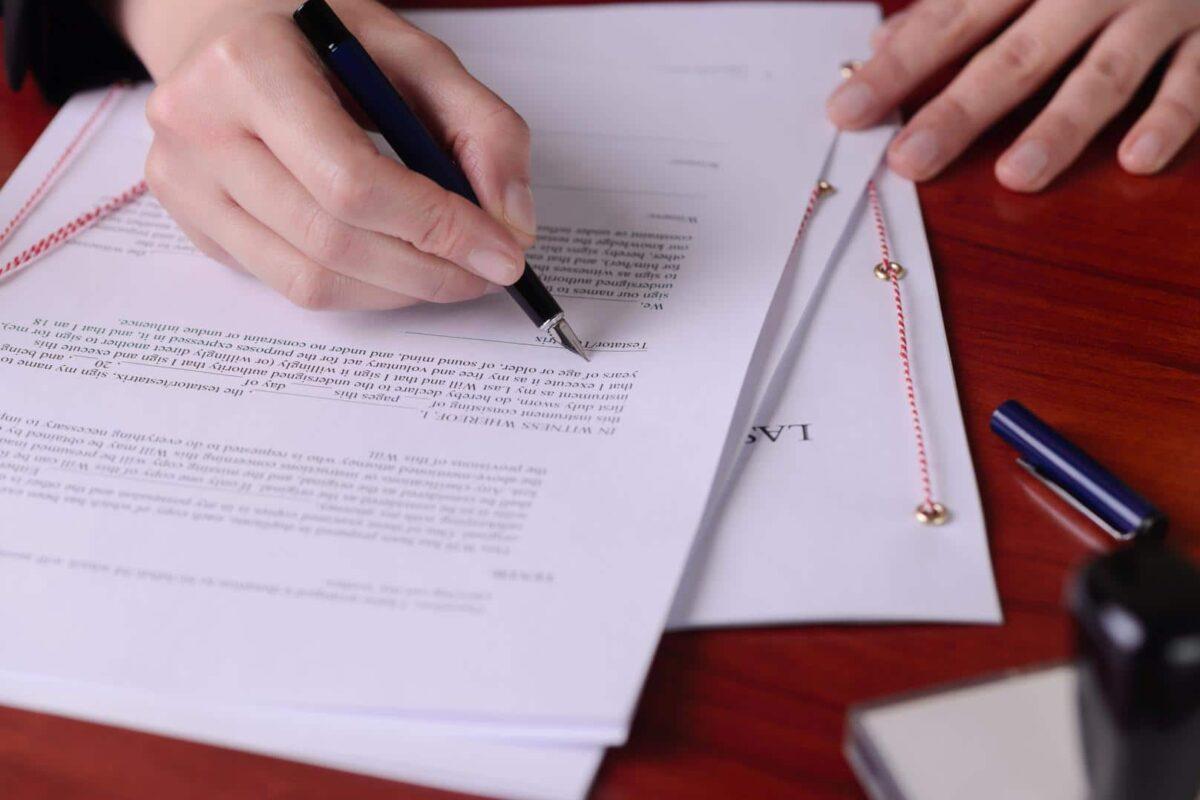 4 étapes nécessaires pour devenir un traducteur assermenté